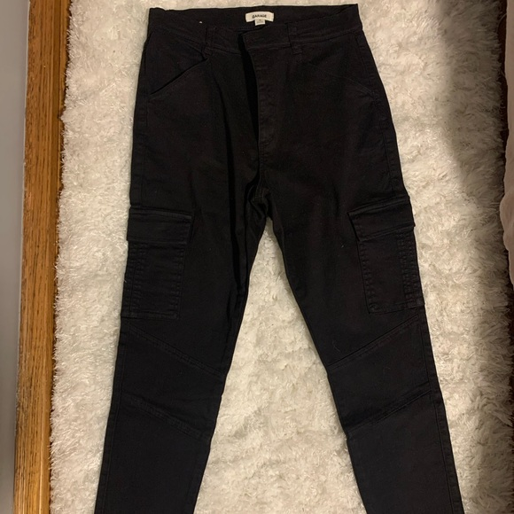 Black & green cargo pants
